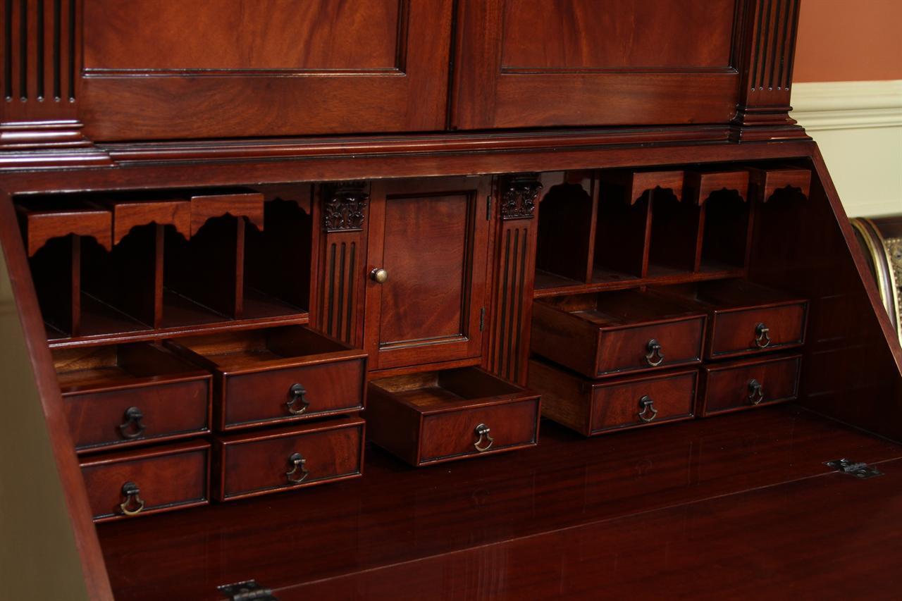 Picture of: Secretary Desk And Hutch