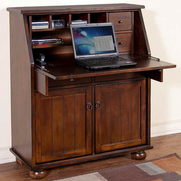 Picture of: Secretary Desks With Design Carpets