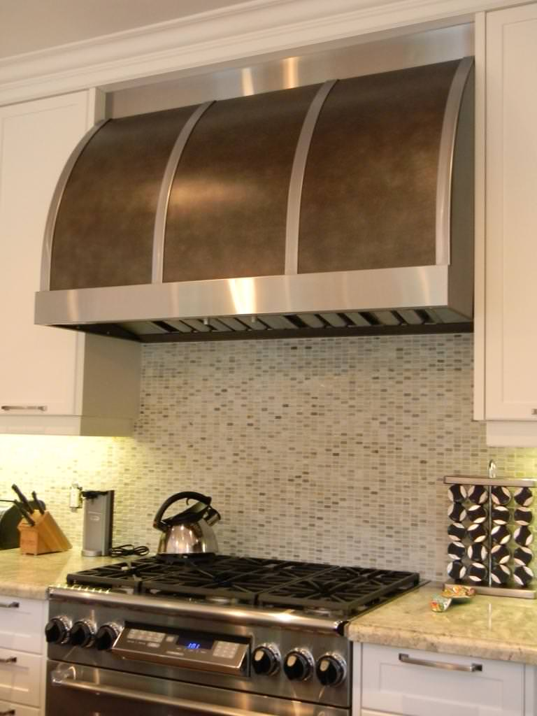 Image of: Stove Hood And Microwave