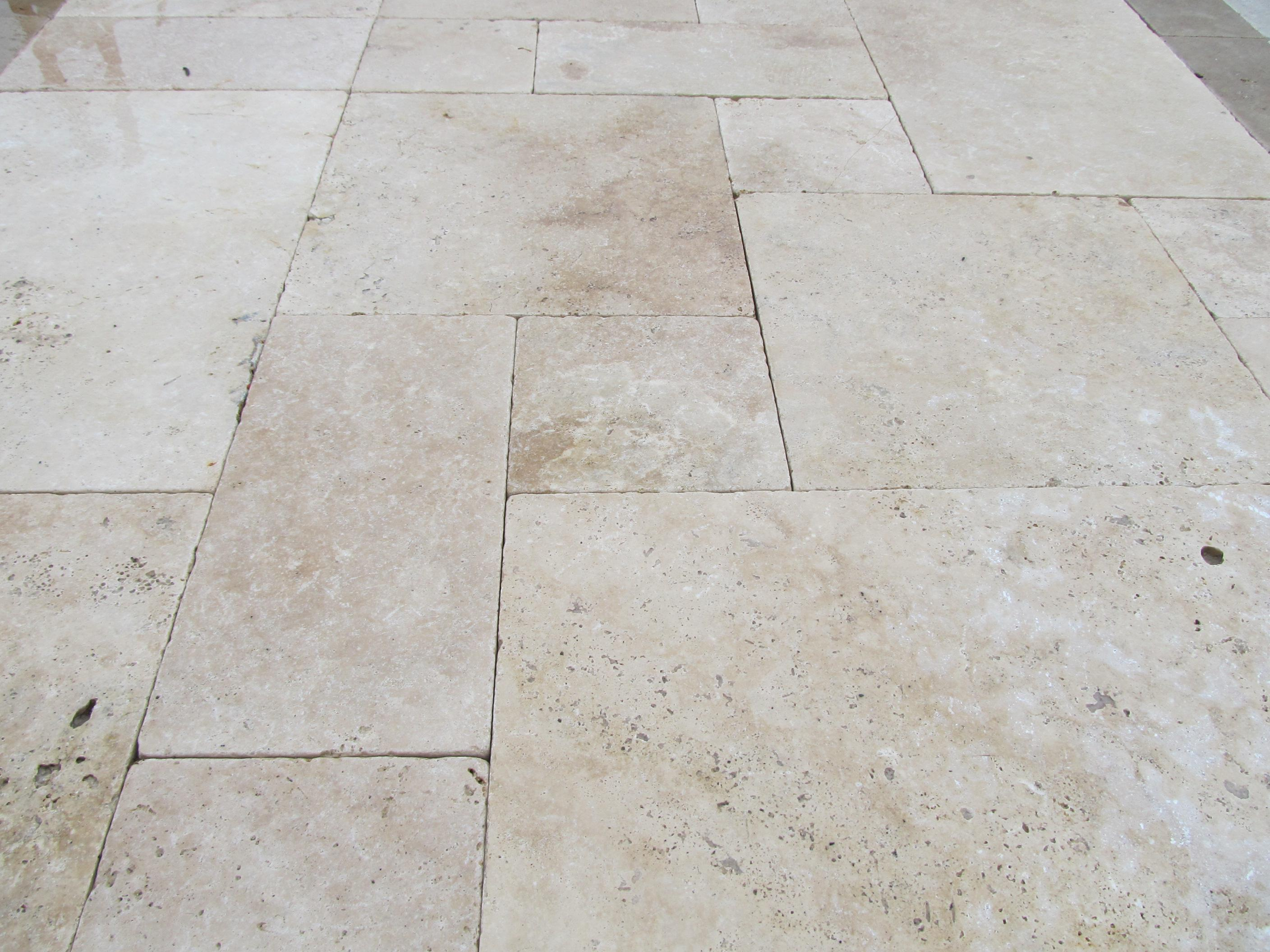 Image of: Travertine Pavers Around Pool