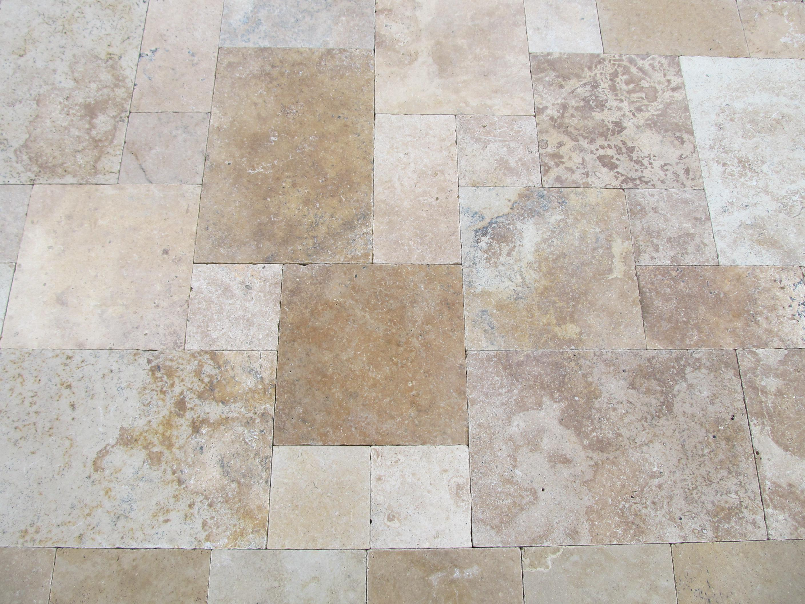 Image of: Travertine Pavers Pros And Cons