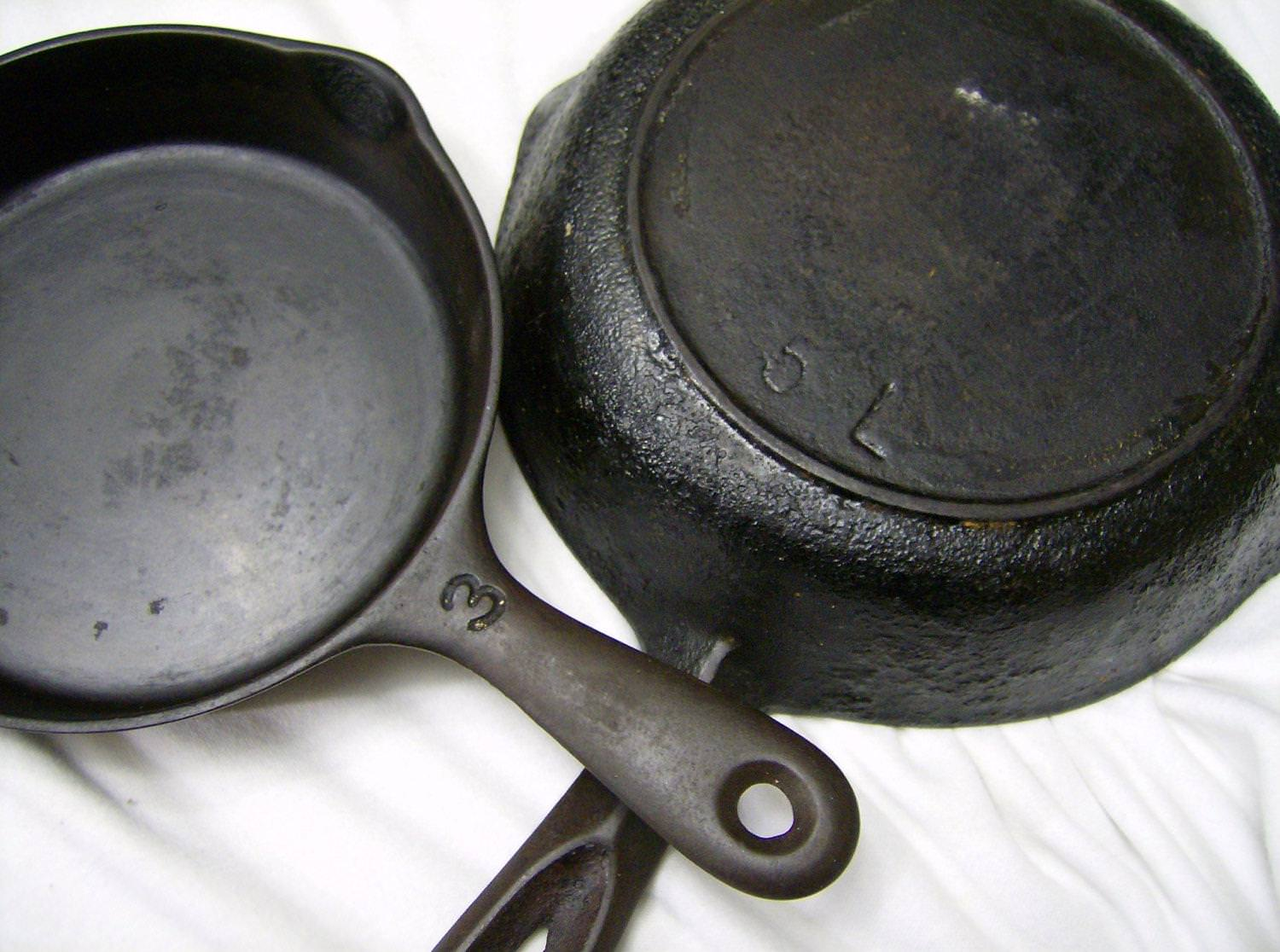 Picture of: Vintage Cast Iron Skillet