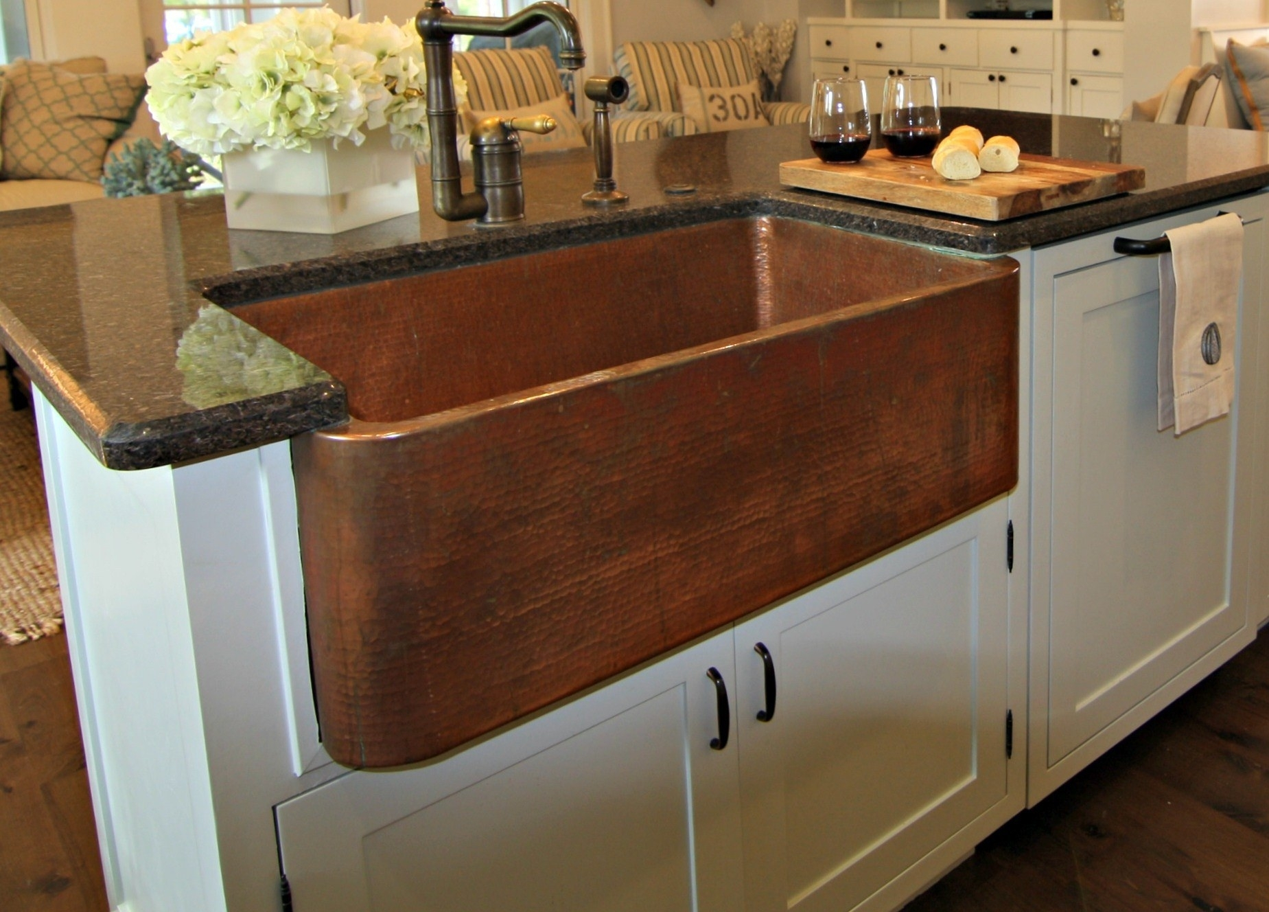Image of: Copper Farmhouse Sink Grid