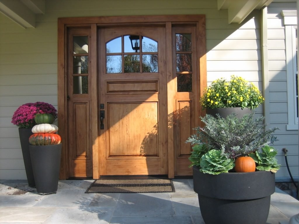 Picture of: Front Door With Sidelights At Lowes