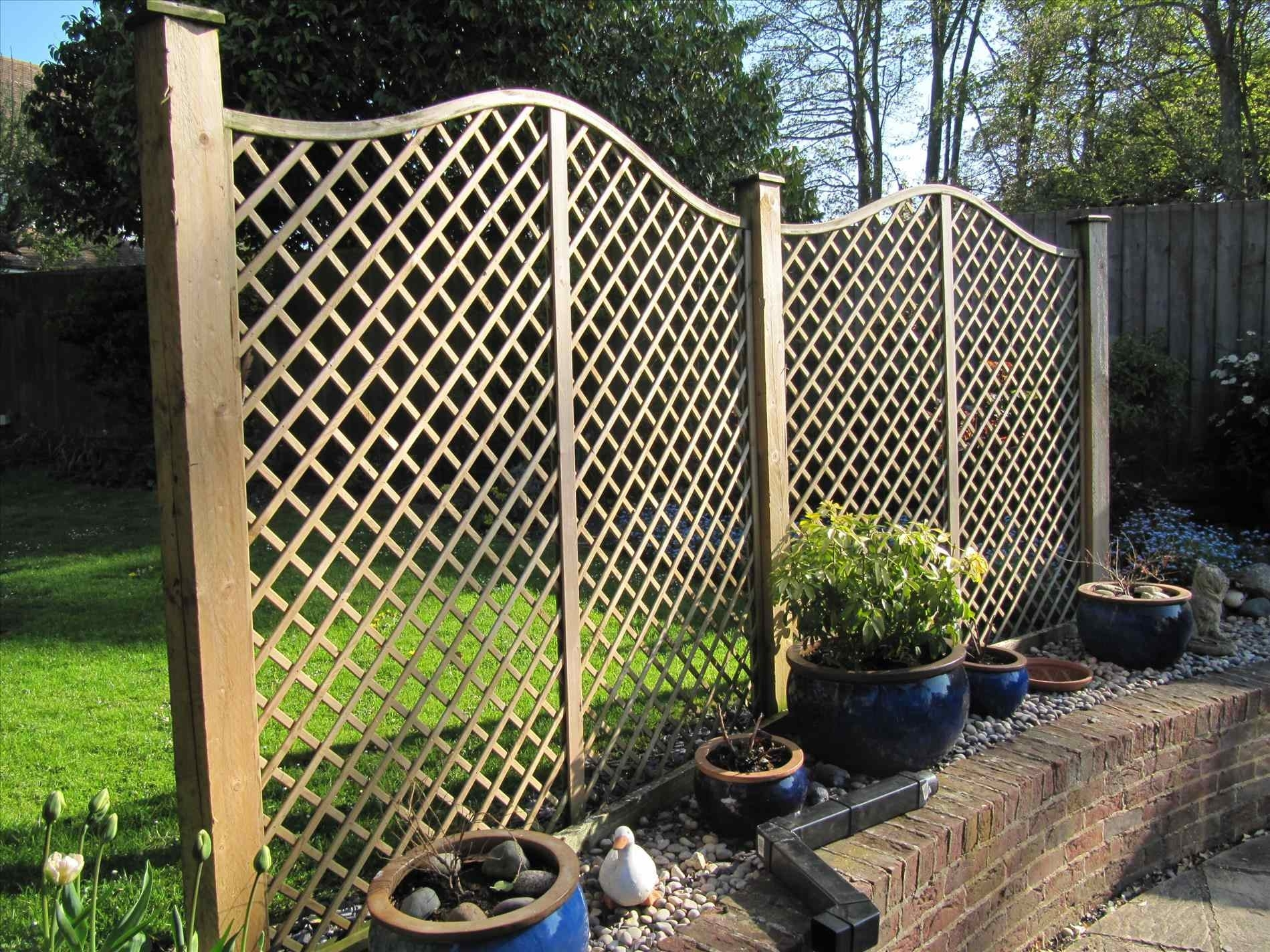 Image of: Hog Wire Fence Panels Diy