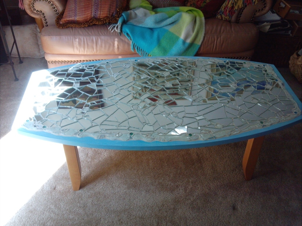 Image of: Mirrored Coffee Table And End Tables