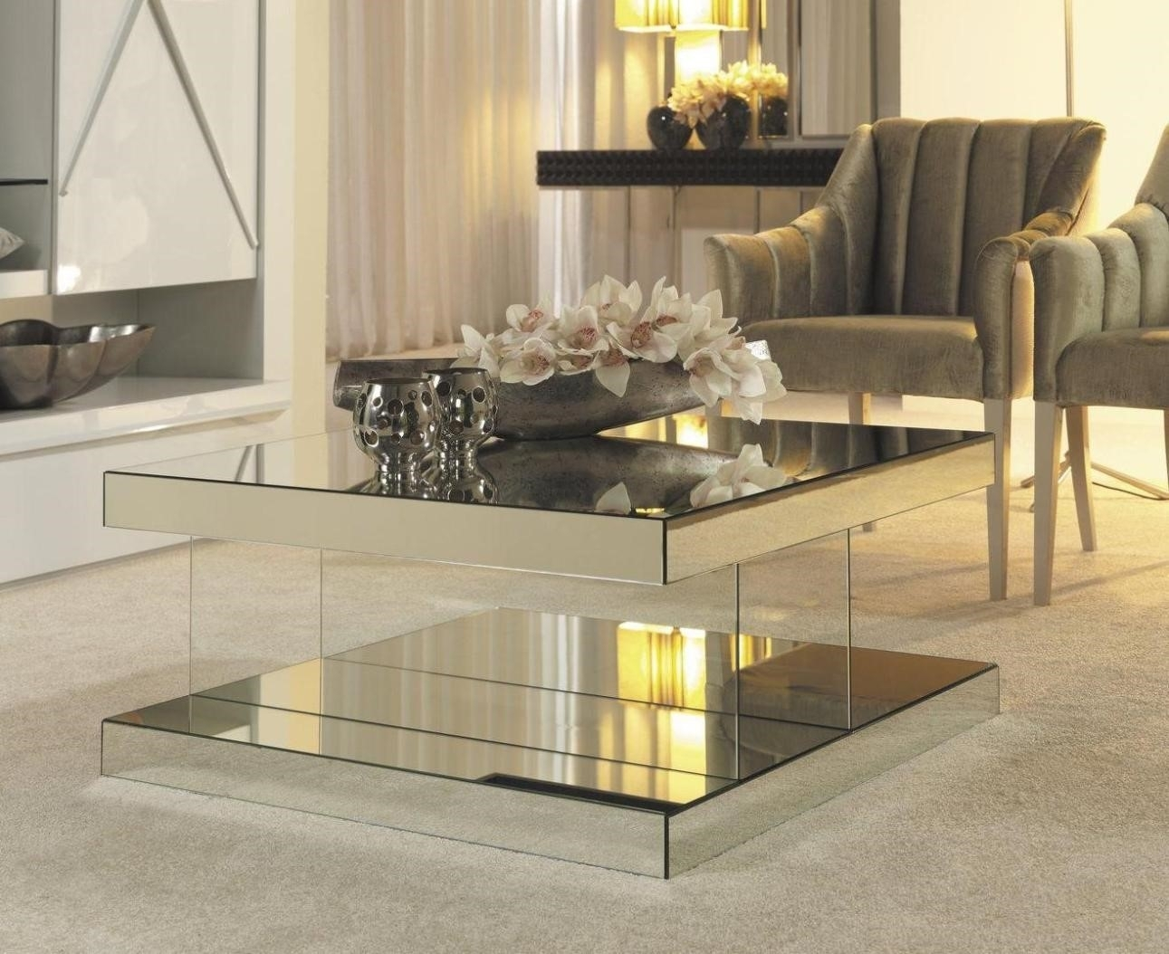 Image of: Mirrored Coffee Table Tray