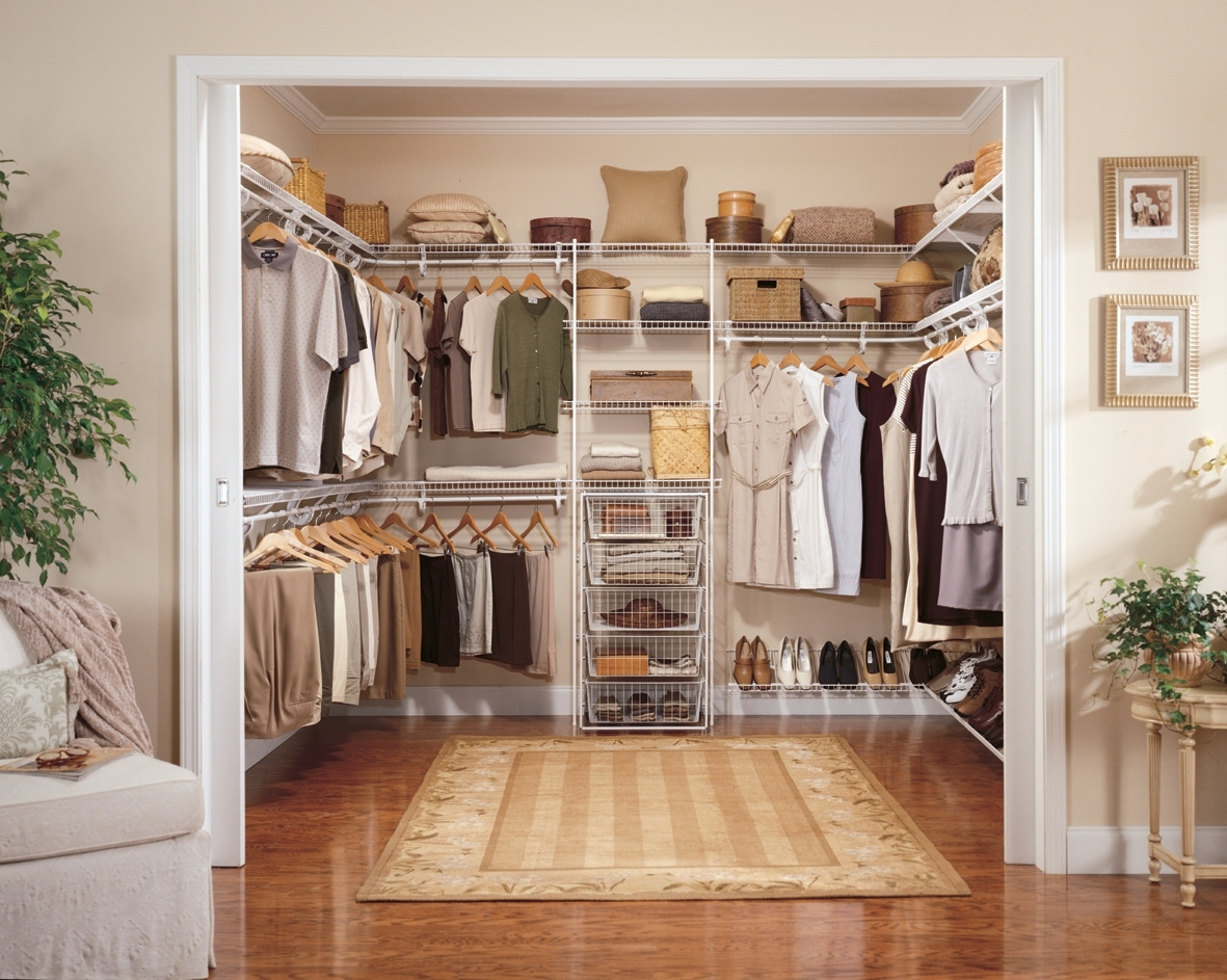 Image of: Portable Closets With Doors