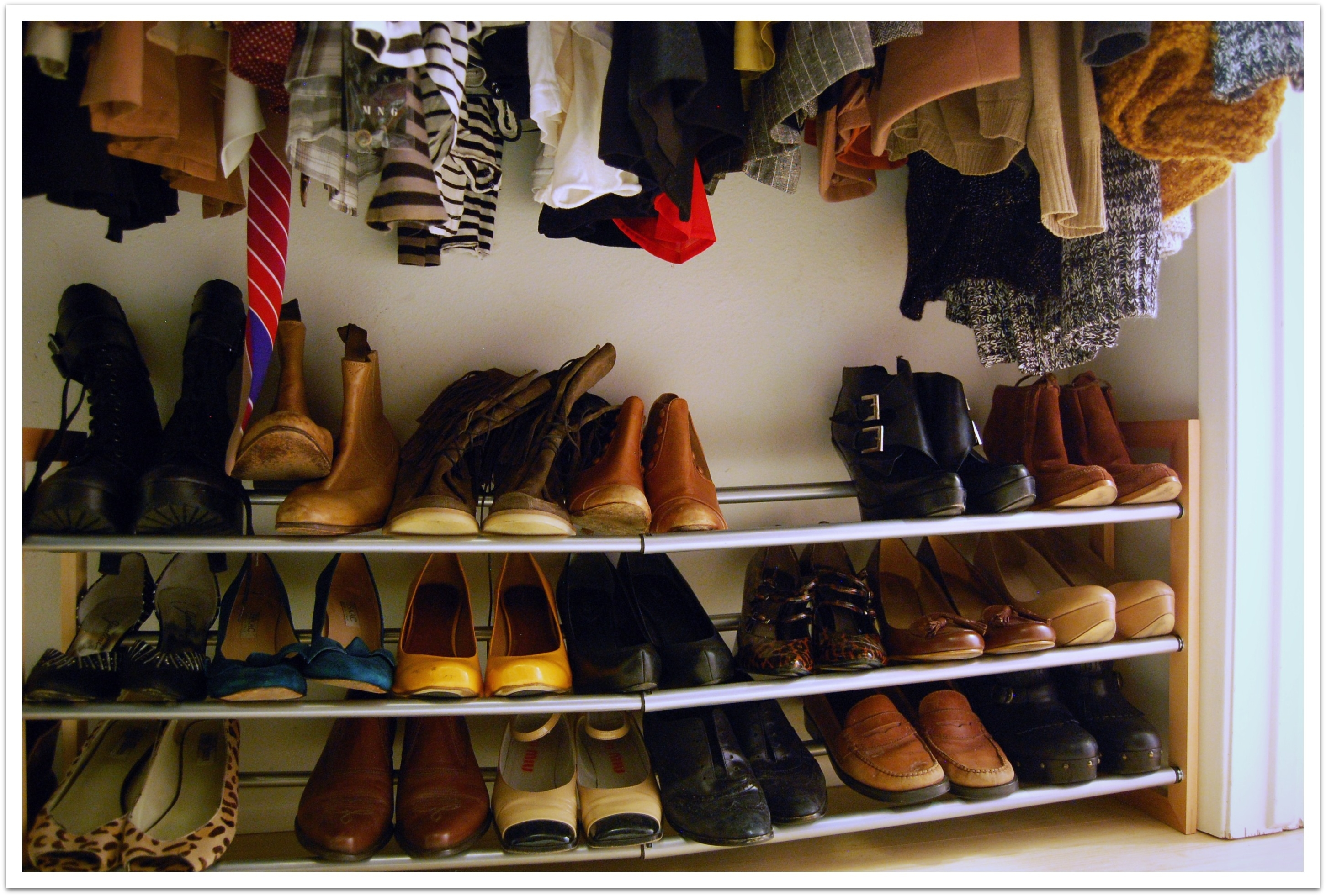 Image of: Rotating Shoe Rack Ikea