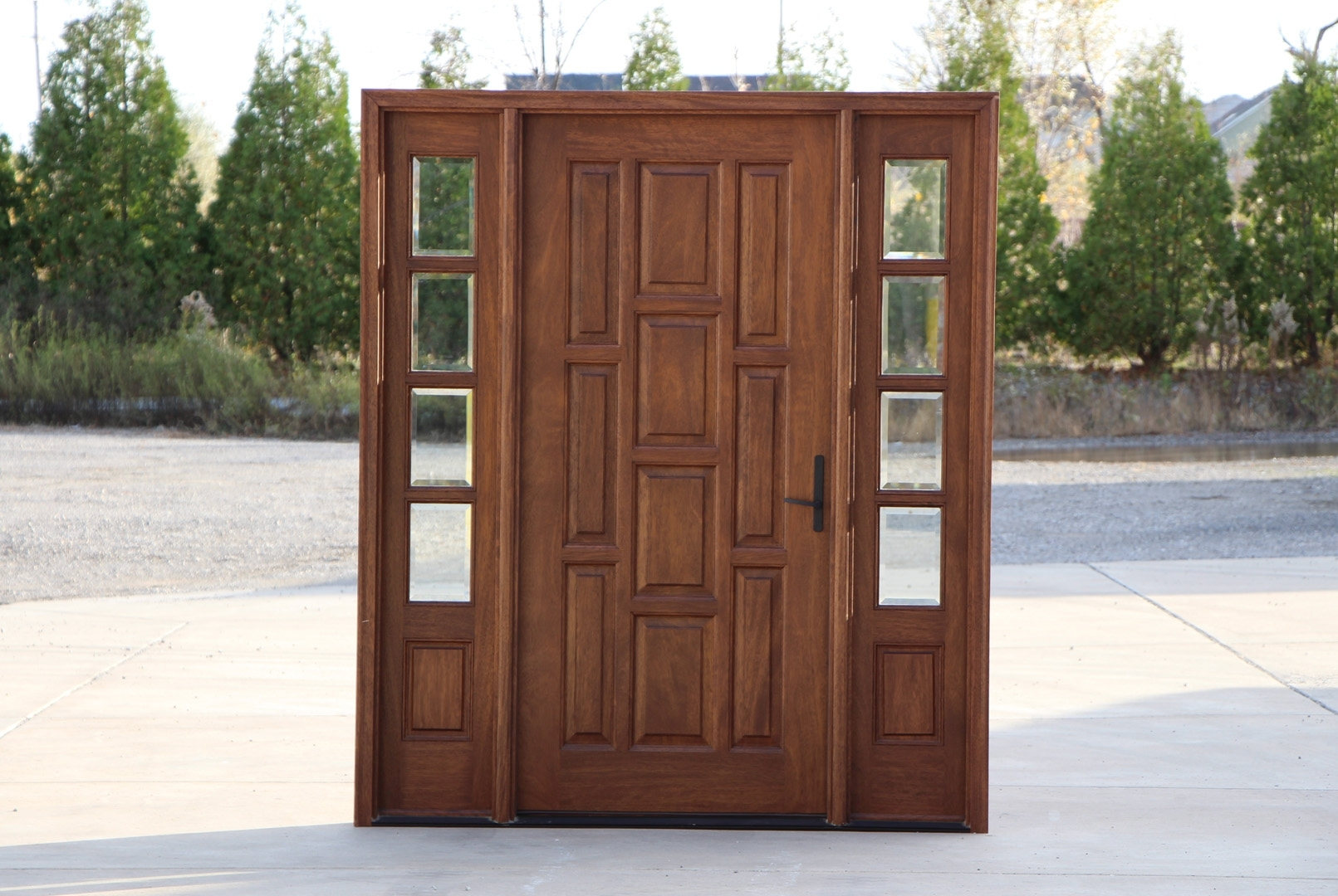 Picture of: Wood Entry Doors With Sidelights