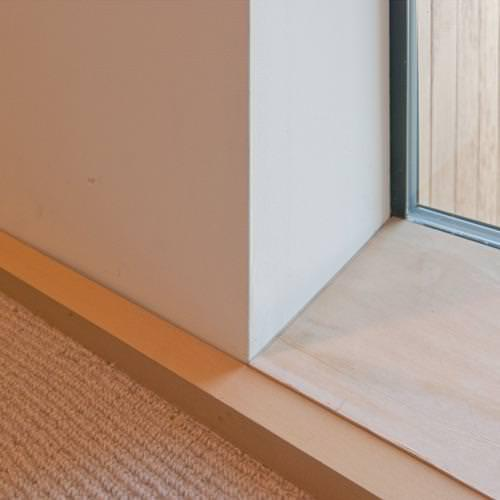 Image of: Baseboard Molding Home Depot