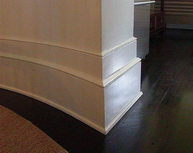 Image of: Baseboard Molding Ideas
