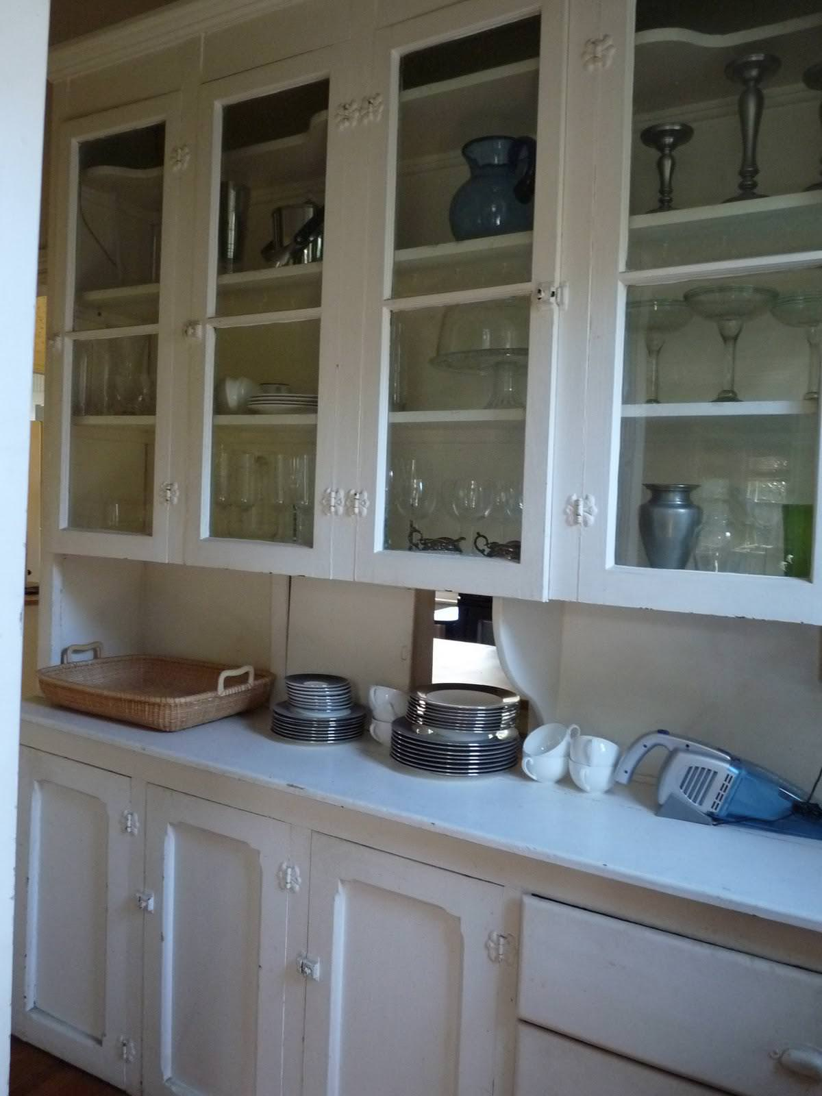 Image of: Butlers Pantry Backsplash