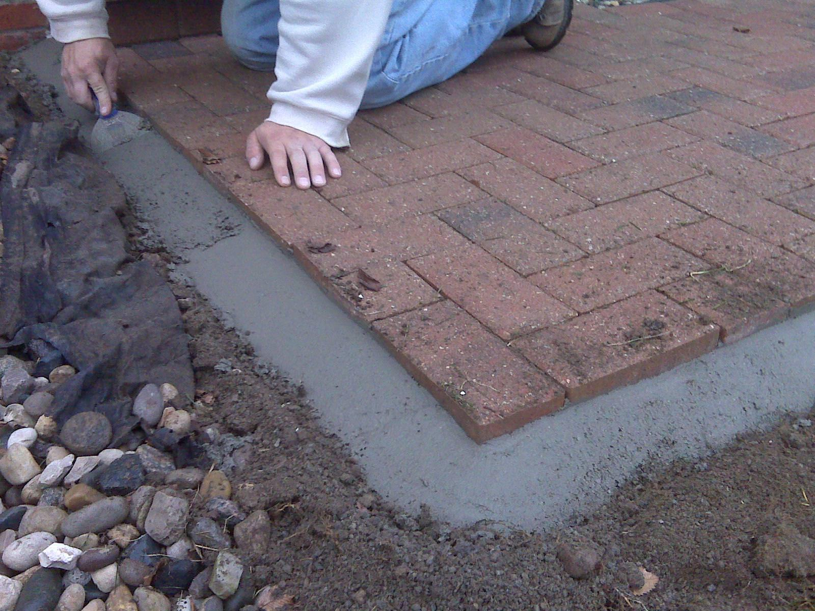 Image of: Cement Pavers Lowes