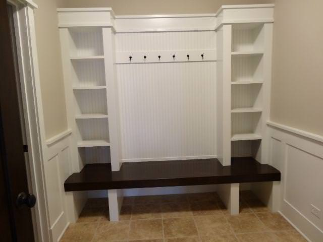 Image of: Entryway Bench And Coat Rack