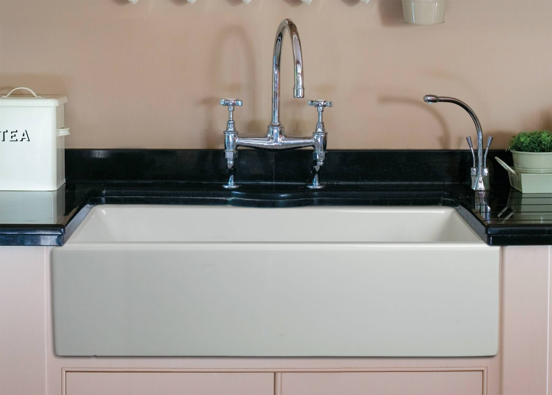Picture of: Fireclay Farmhouse Sinks