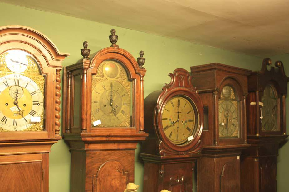 Image of: Howard Miller Floor Clocks