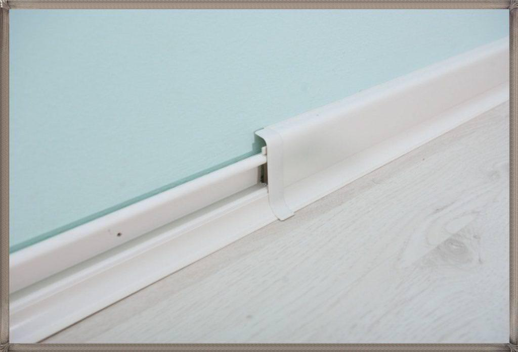Image of: Modern Baseboard Styles