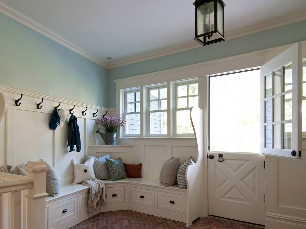 Image of: Mudroom Bench Ikea