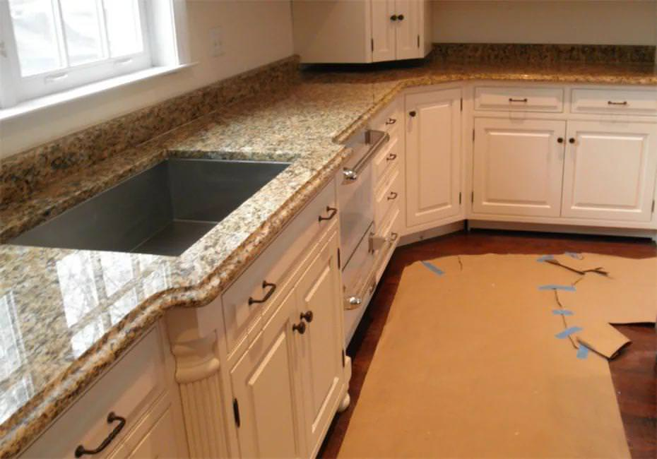 Image of: Santa Cecilia Granite Countertops