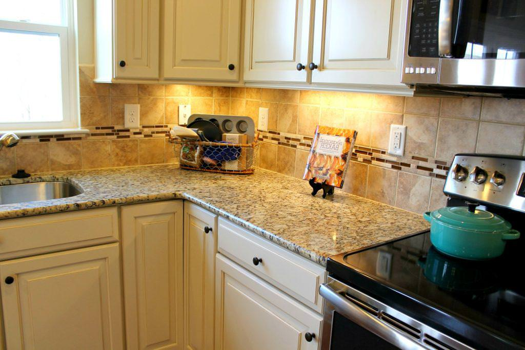 Image of: Santa Cecilia Granite Kitchen