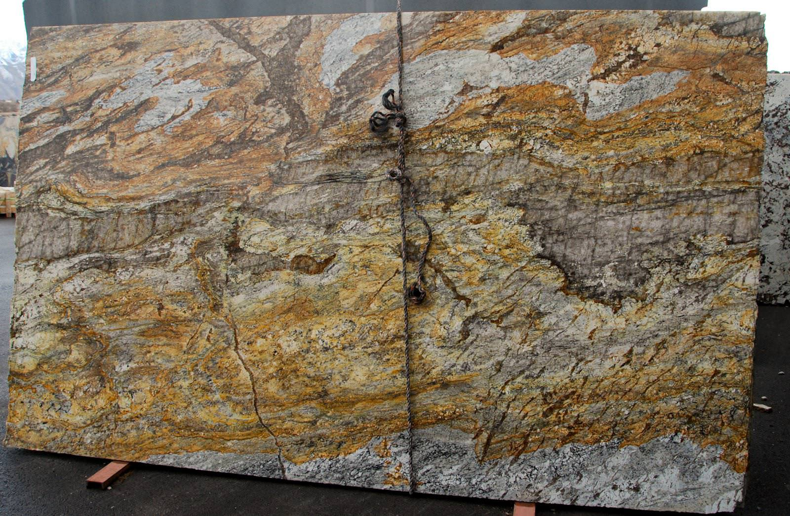 Image of: Santa Cecilia Granite Slab