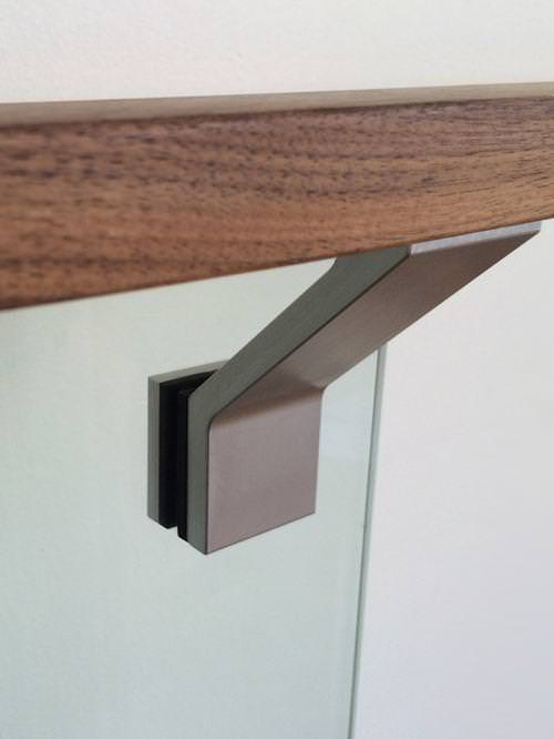 Picture of: Steel Handrail Brackets