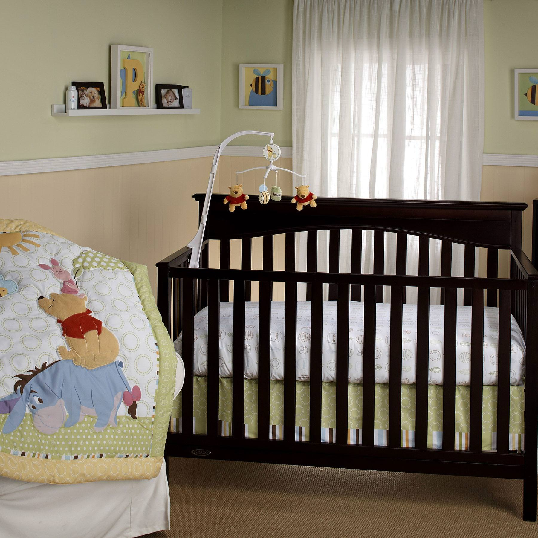 Picture of: Winnie The Pooh Nursery Pictures