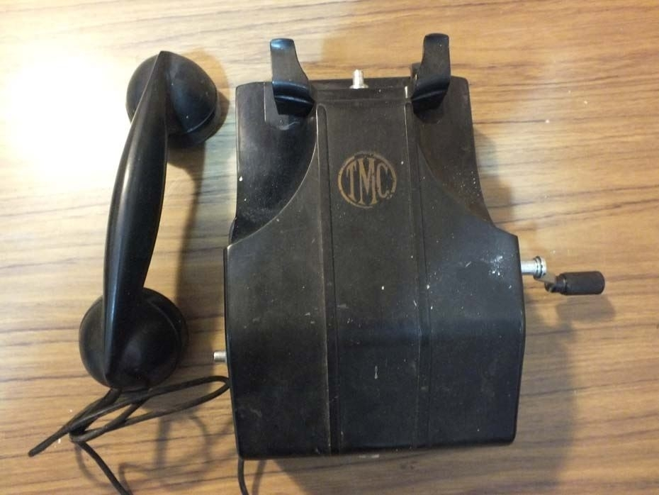 Image of: Antique Crank Telephone Prices