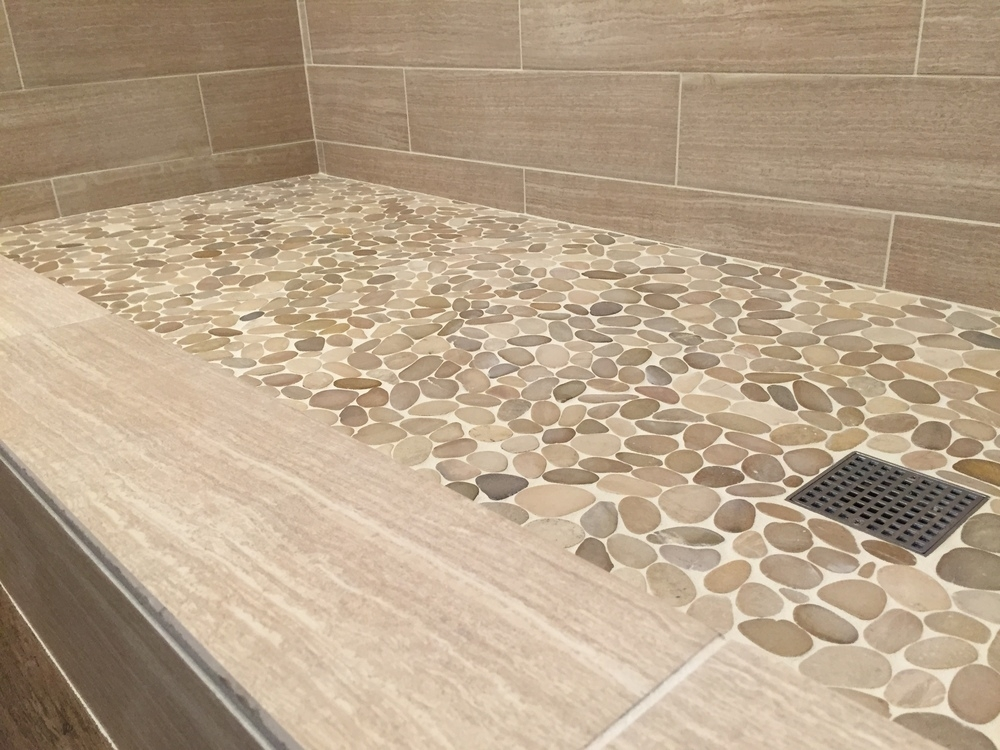 Image of: Glass Pebble Tile Floor