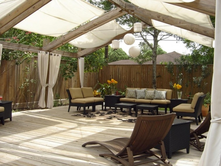 Image of: Pergola Covers And Curtains