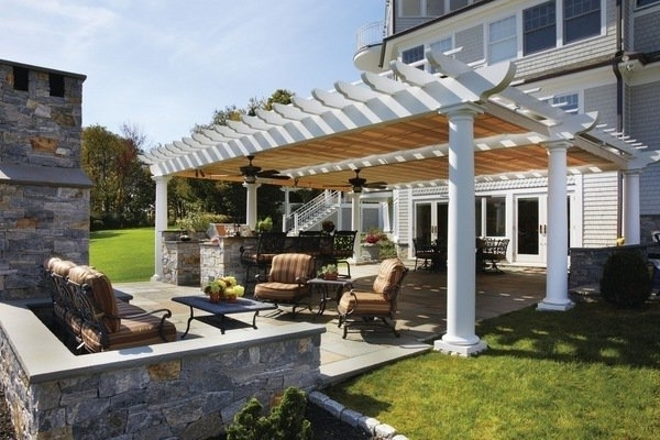 Image of: Pergola Covers Ideas