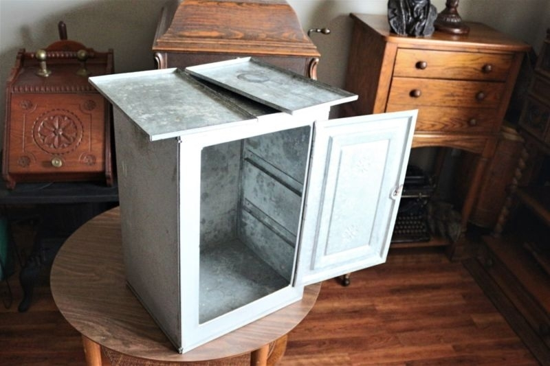 Picture of: Pie Safe 1800 1899 Antique