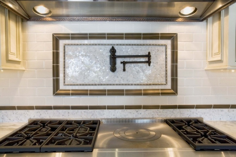Image of: Pot Filler Faucet Above Stove