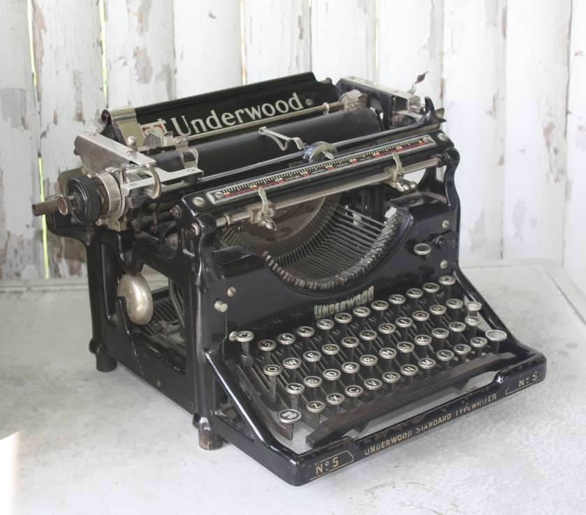 Picture of: Antique Typewriter Value