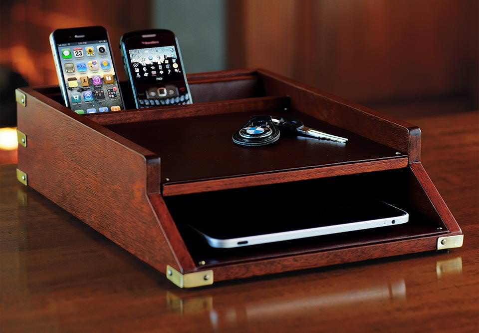 Image of: Desk Charging Station Organizer