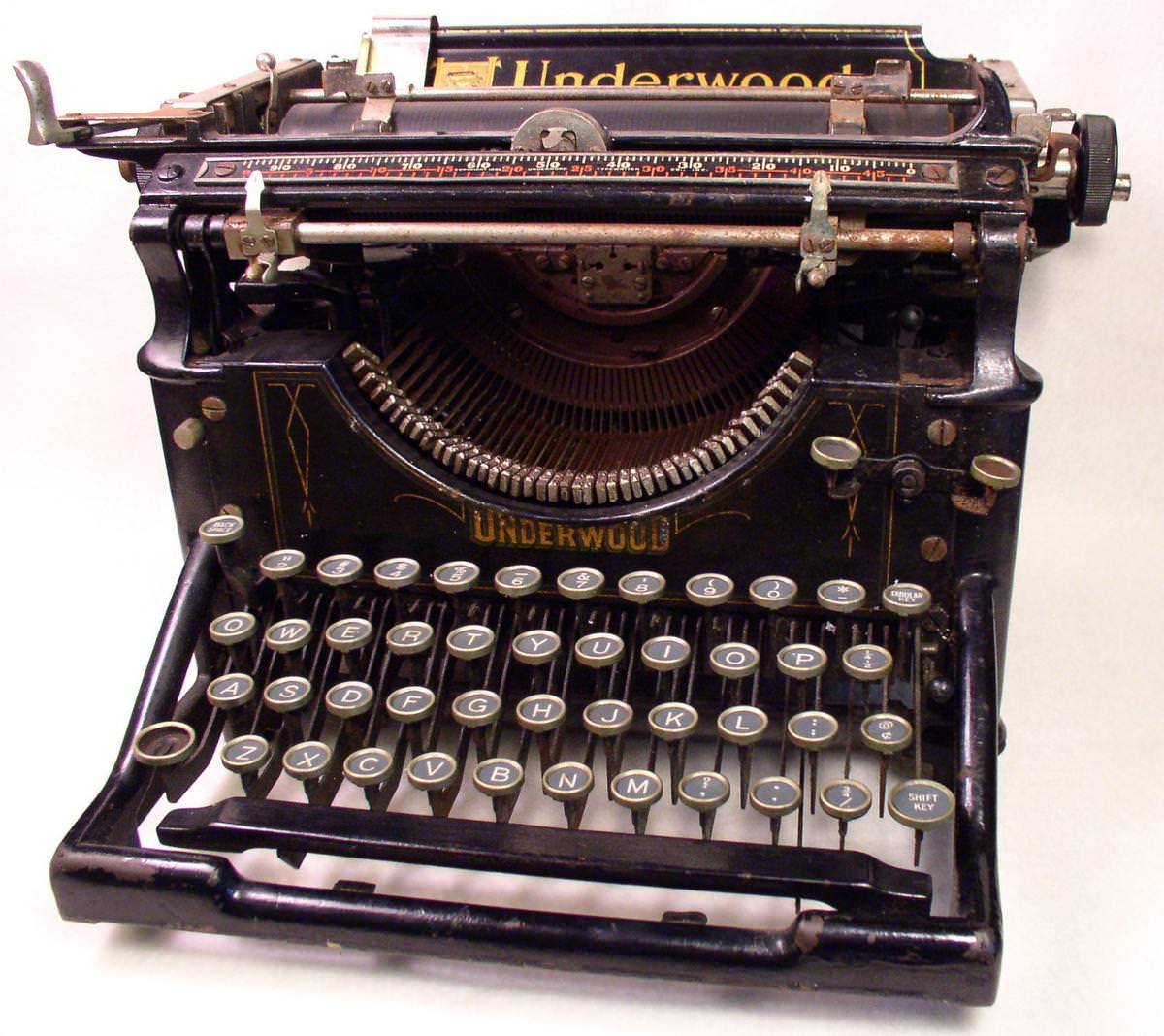 Picture of: New Manual Typewriters