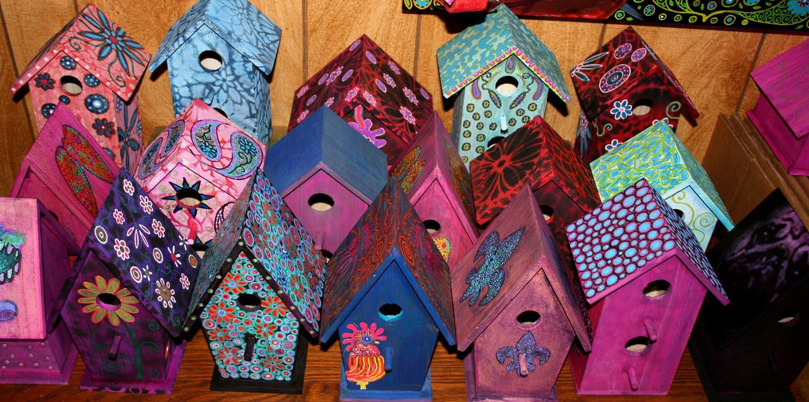 Image of: Unique Painted Birdhouses For Sale