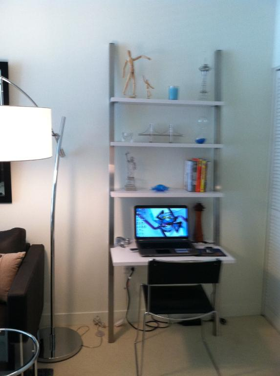 Picture of: Gallery leaning desk