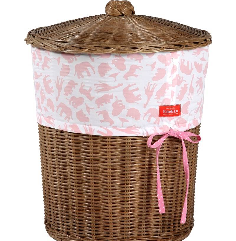 Image of: Girls Wicker Laundry Basket