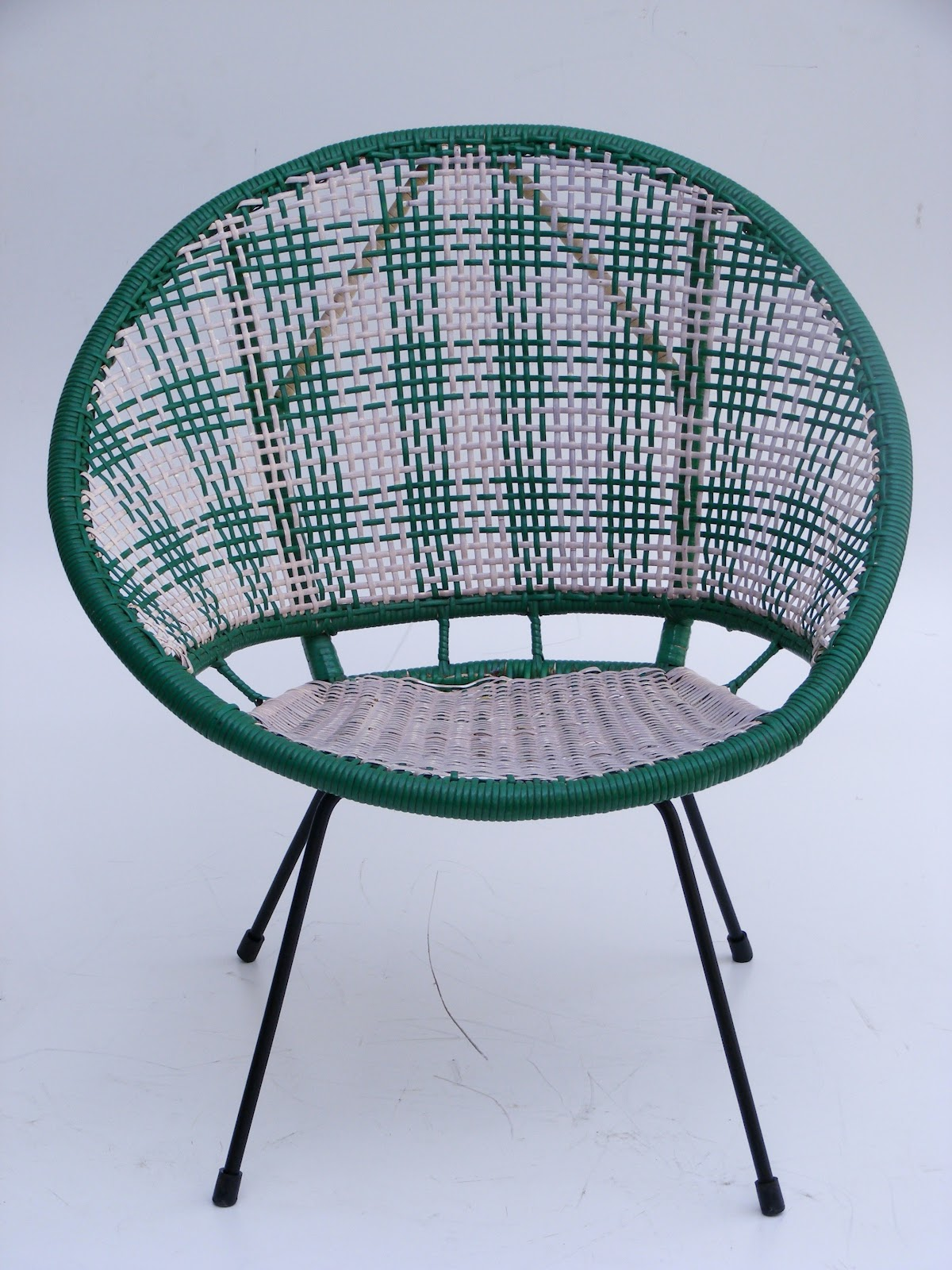Picture of: amazing saucer chair