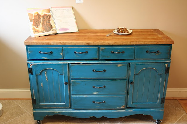 Picture of: blue distressed dresser
