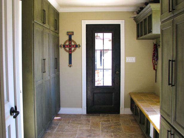 Image of: mudroom bench and storage