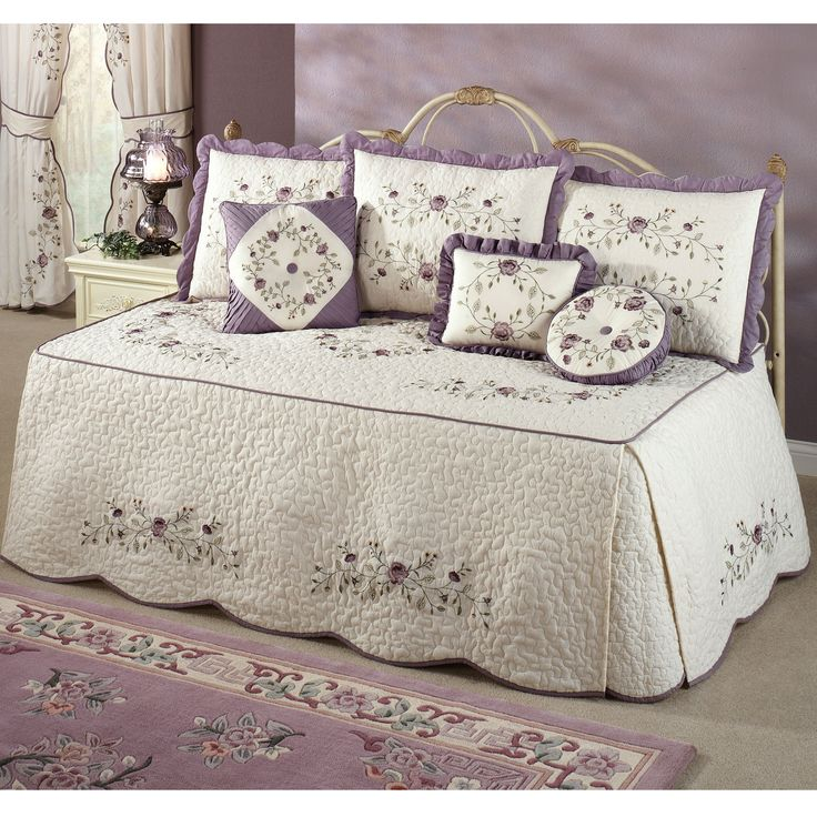 Picture of: queen daybed cover