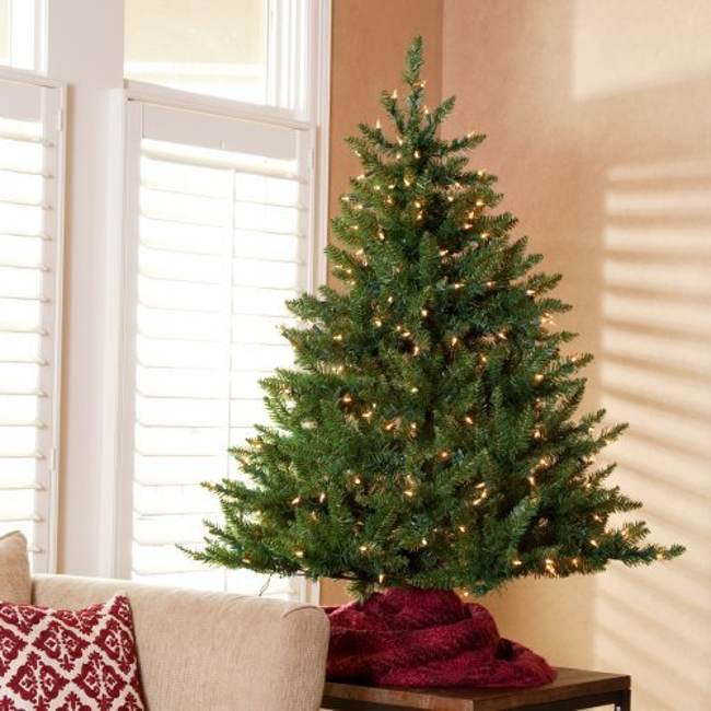 Picture of: Amazing Tabletop Christmas Trees