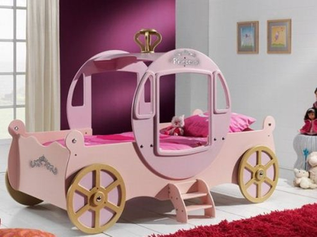 Image of: Amazing Unique Toddler Beds