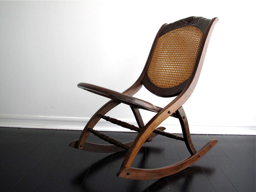 Image of: Best Upholstered Rocking Chair