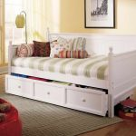 Cool Queen Daybed
