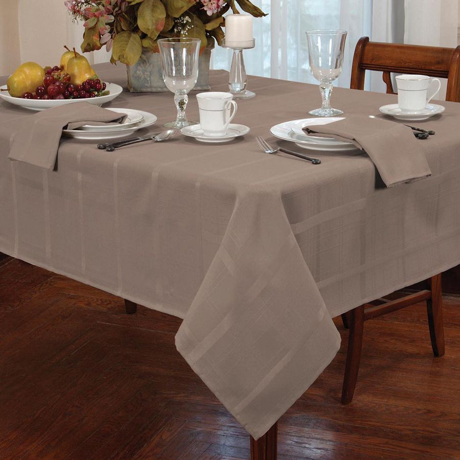 Picture of: Elegance Burlap Tablecloth