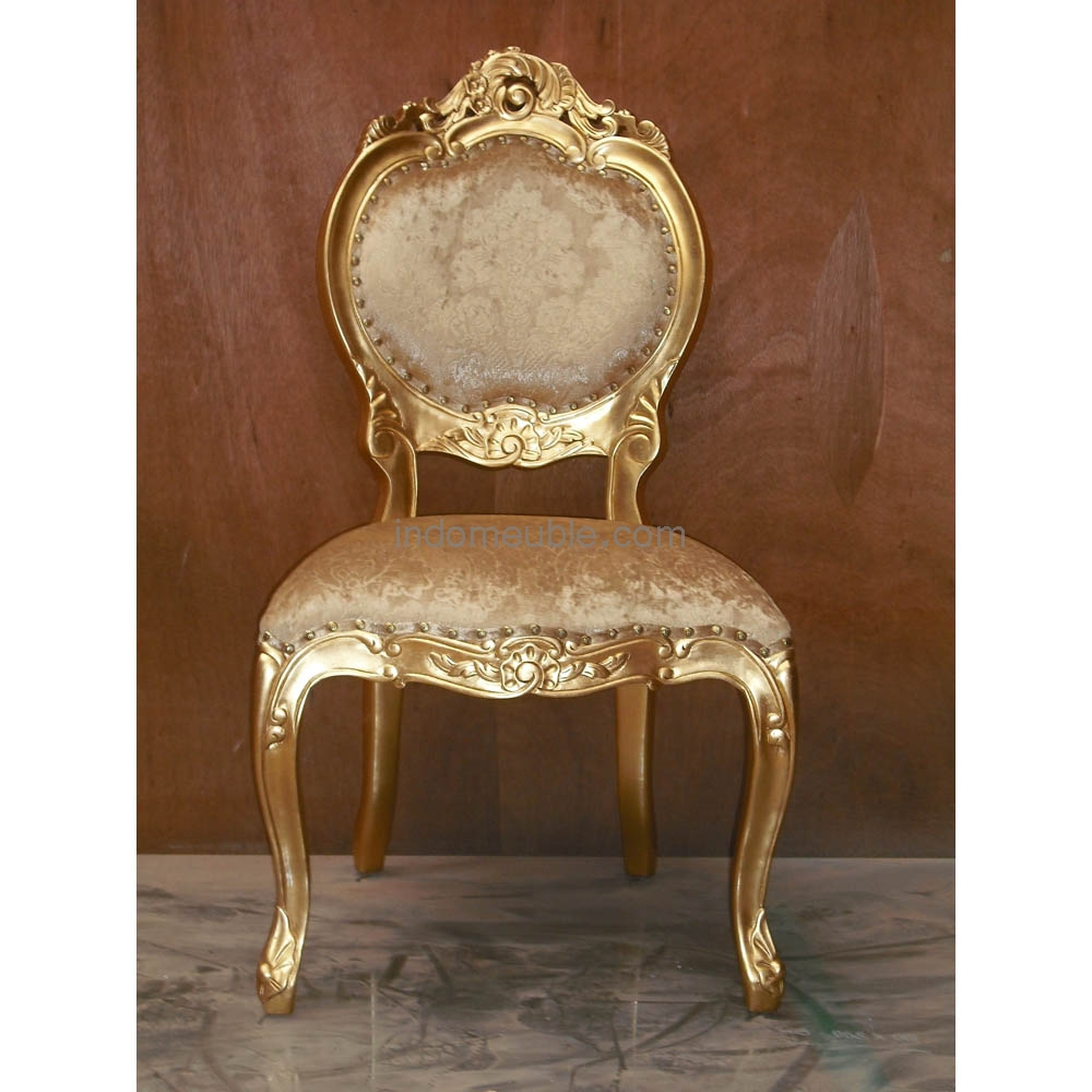 Image of: French baroque furniture